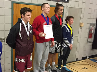 Warrior Wrestlers Advance to Districts